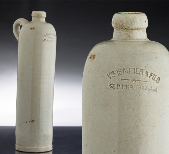 STONEWARE BOTTLES : THE ISAUTIER TRADEMARK SINCE 1870