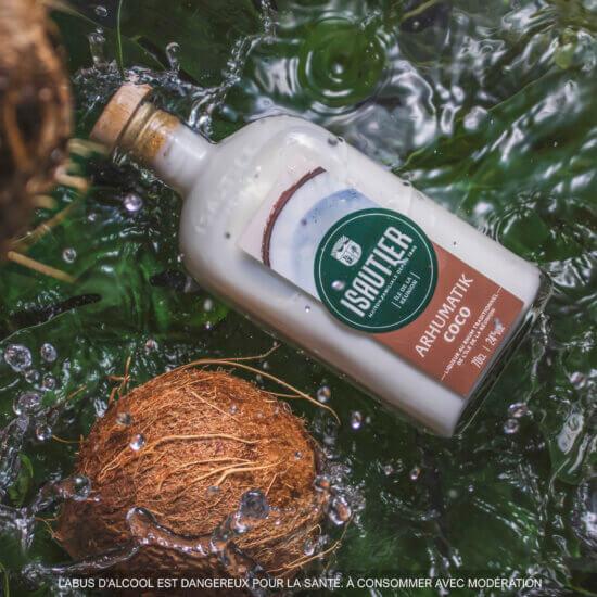 Découvrez la nouveauté Arhumatiks : les liqueurs au rhum 100% naturelles signées Isautier